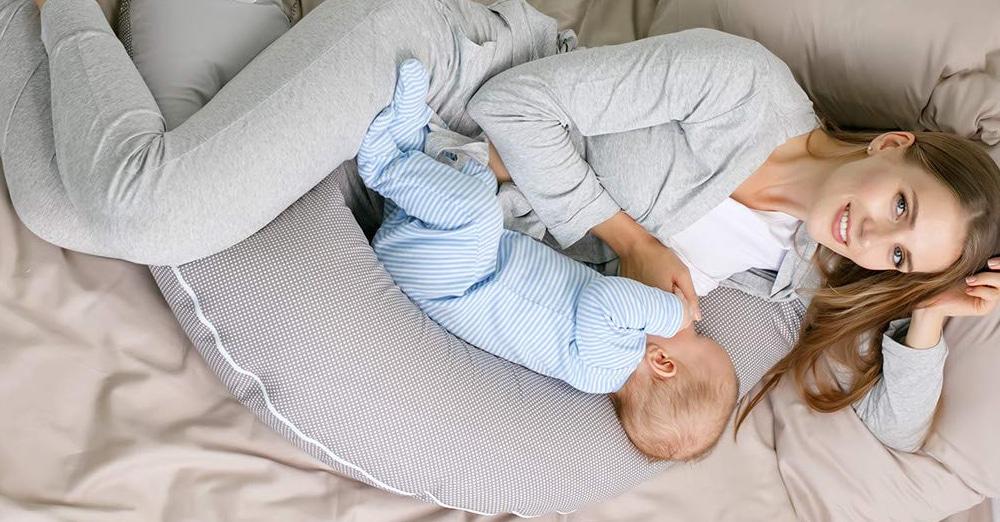Meilleur coussin d'allaitement / Comparatif, Tests & Avis